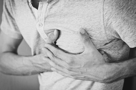 6 Heart Attack Symptoms To Watch Out For