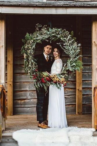 christmas wedding ideas christmas wreath wedding decor