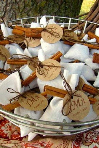 christmas wedding ideas Mulling Spices Wedding Favors