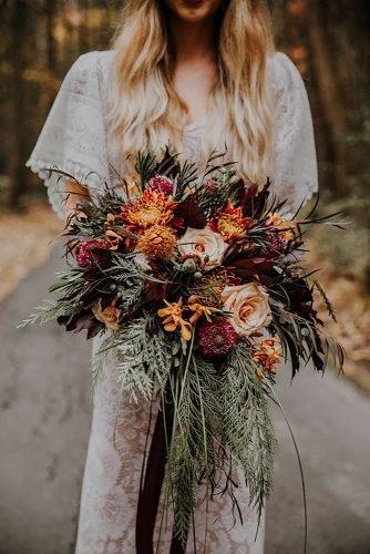 fall wedding party fall wedding bouquet