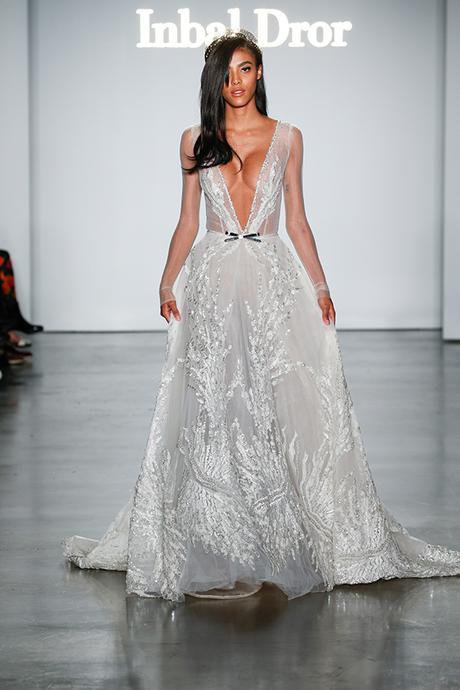 gorgeous-wedding-gowns-stunning-bridal-look-inbal-dror_16
