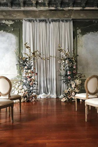 wedding colors 2019 light gray backdrop with blush roses arch katiegrantphoto