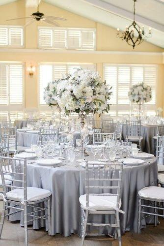 wedding colors 2019 silver sage tablecloth tall white flower centerpiece luminairefoto
