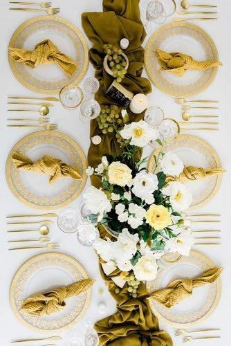 wedding colors 2019 mustard tablerunner and white flowers afloral