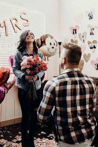 cute wedding ideas recreate first date proposal