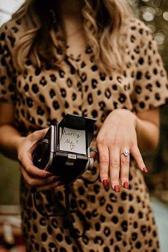 cute wedding ideas scavenger hunt proposal