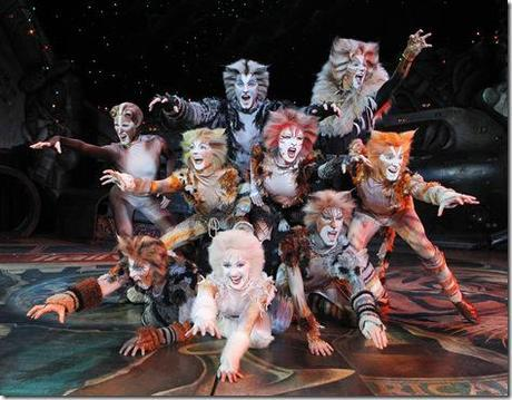 Review: Cats (Broadway in Chicago)