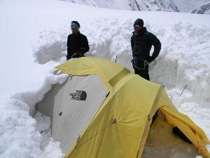 Himalaya 2012: Himex Cancellation Leaves Vacuum On Everest, Climbers Make Summit Bids Elsewhere