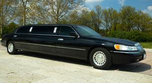 - Photo from the website of Windy City Limousine. -