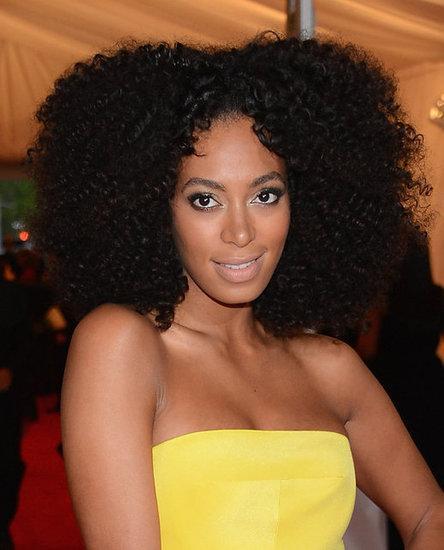 Red carpet kinks solange rocks big curly afro at the met gala 2012