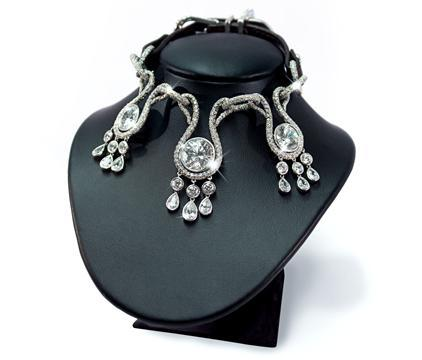 Amour, Amour diamond dog collar: © I Love Dogs Diamonds