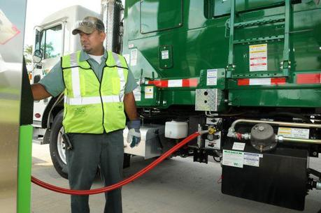 Waste Management adding cleaner, natural-gas vehicles