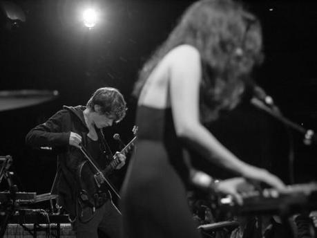 exitmusic poisson rouge bis 7 550x412 SCHOOL OF SEVEN BELLS AND EXITMUSIC PACKED LPR [PHOTOS]