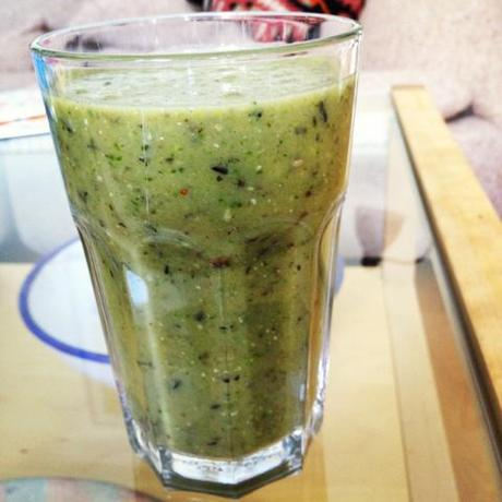 Not Craft: Quick Raw Food Smoothie
