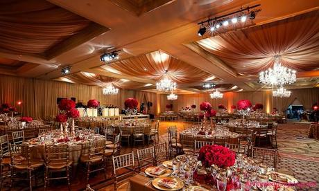 Eye Catching Decorations for the Ceiling of Asian Weddings