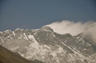 Everest 2012: First Summits of the Season!