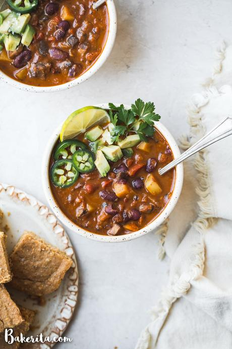 This Vegan Chili doesn't lack any heartiness just because it doesn't have any meat. It's loaded up with veggies, beans, and tons of spices -- this is the BEST vegan chili recipe I've had!