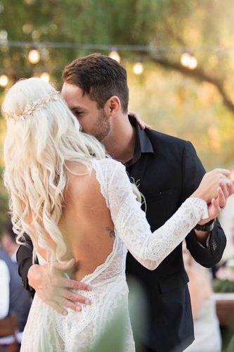 first dance wedding shots tender touch bride and groom lisa figueroa