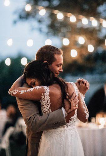 first dance wedding shots outdoor dance autumnnicole_