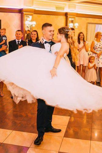 first dance wedding shots in grooms arms bride and groom kreatortanca p via instagram
