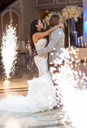 first dance wedding shots dance with fireworks mannyphotos