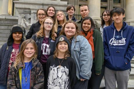 15 Canadian Youngsters Take To Court For Climate Inaction of Their Government