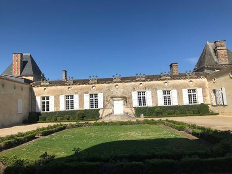 Château-de-Sales Façade in Bordeaux. ©LMArcher.jpeg