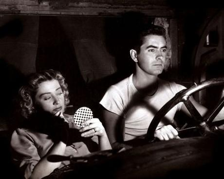 Noirvember Review: Nightmare Alley