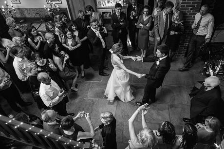first dance at a chaucer barn wedding