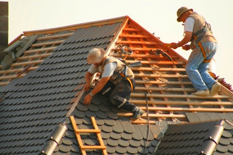 Important Signs That Your Roof Needs Restoration
