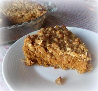 Pumpkin Crumb Pie