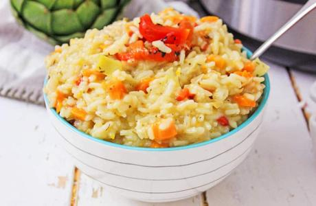 Instant Pot Risotto with Artichokes and Red Peppers
