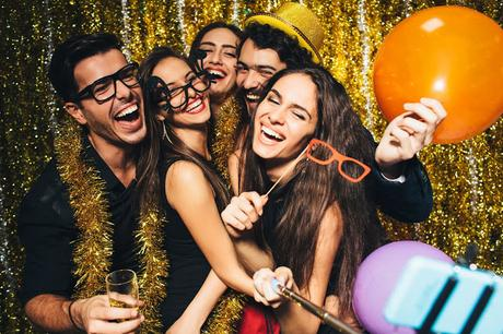 Holiday Party Do's Don'ts: Ways Stay