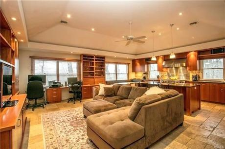 living in chappaqua new york 4 bed 3 full 1 partial baths home for