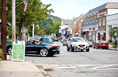 living in chappaqua assisted ny a hamlet woodsy setting the new