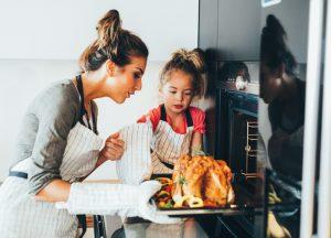 Check out our energy efficiency tips for your family's Houston Thanksgiving dinner.