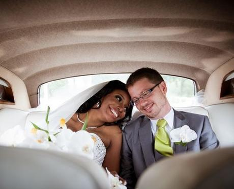 funny wedding readings happy smiling bride and groom