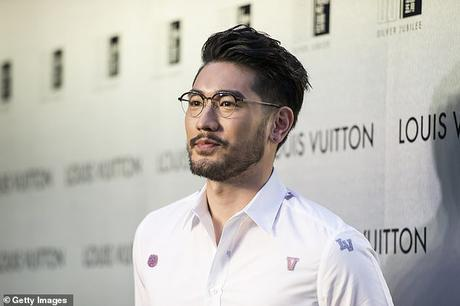 Reality show death of Godfrey Gao .. ..  and seal dying caused by 'selfie'