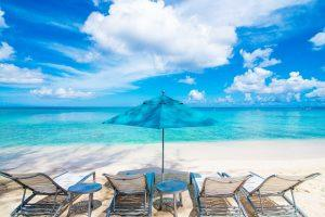 Cosmopolitan and Beautiful – George Town in the Cayman Islands