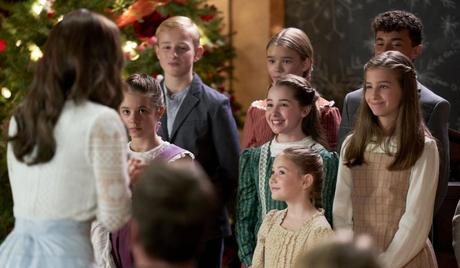 """""""When Calls The Heart: Home for Christmas"""" Special Premieres Dec. 25th"""
