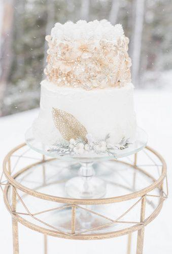 winter wedding cakes sparkly cake with gold kalahanandsean