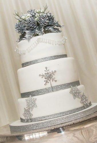 winter wedding cakes cake with silver snowflake ameliascakecreations