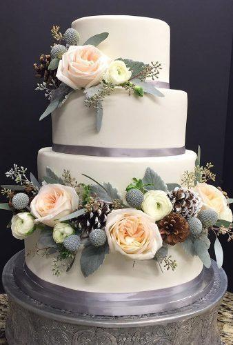 winter wedding cakes pine cones and flower dream cakes bylucy