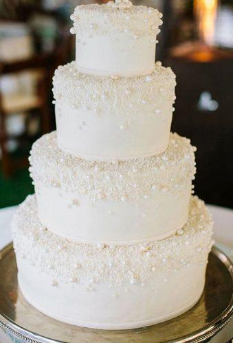 winter wedding cakes total white cake planyourweddingxo