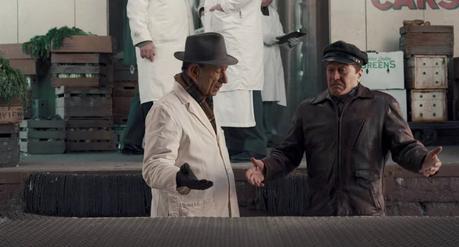 The Irishman: De Niro's Brown Leather Jacket