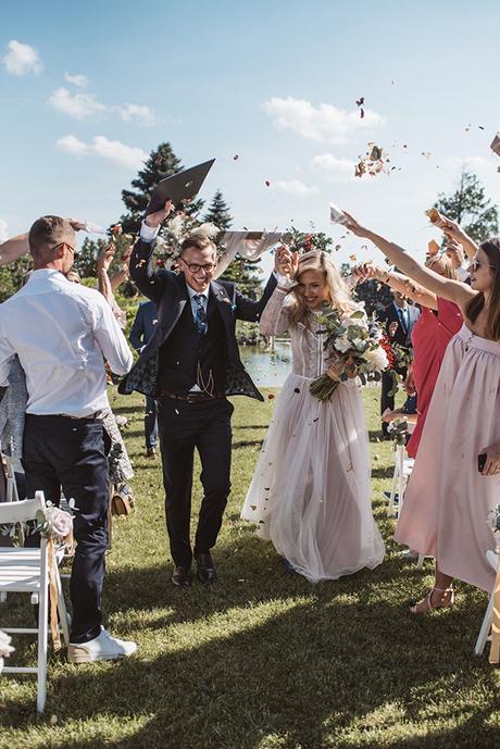 romantic-wedding-slovenia-rustic-natural-elements_01