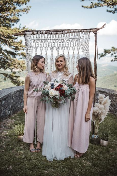 Romantic wedding in Slovenia with rustic and natural elements | Jasna & Matic