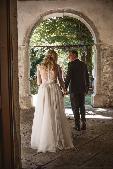 romantic-wedding-slovenia-rustic-natural-elements_34x
