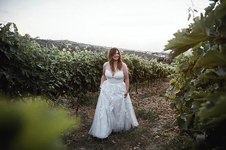 Boho wedding with rustic details in Rethymno | Victoria & Gareth