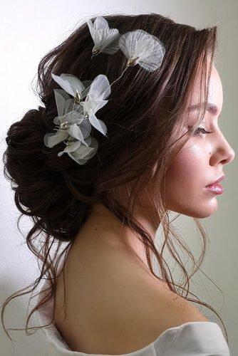 wedding hair trends dark low updo with loose curls ksenya_makeup